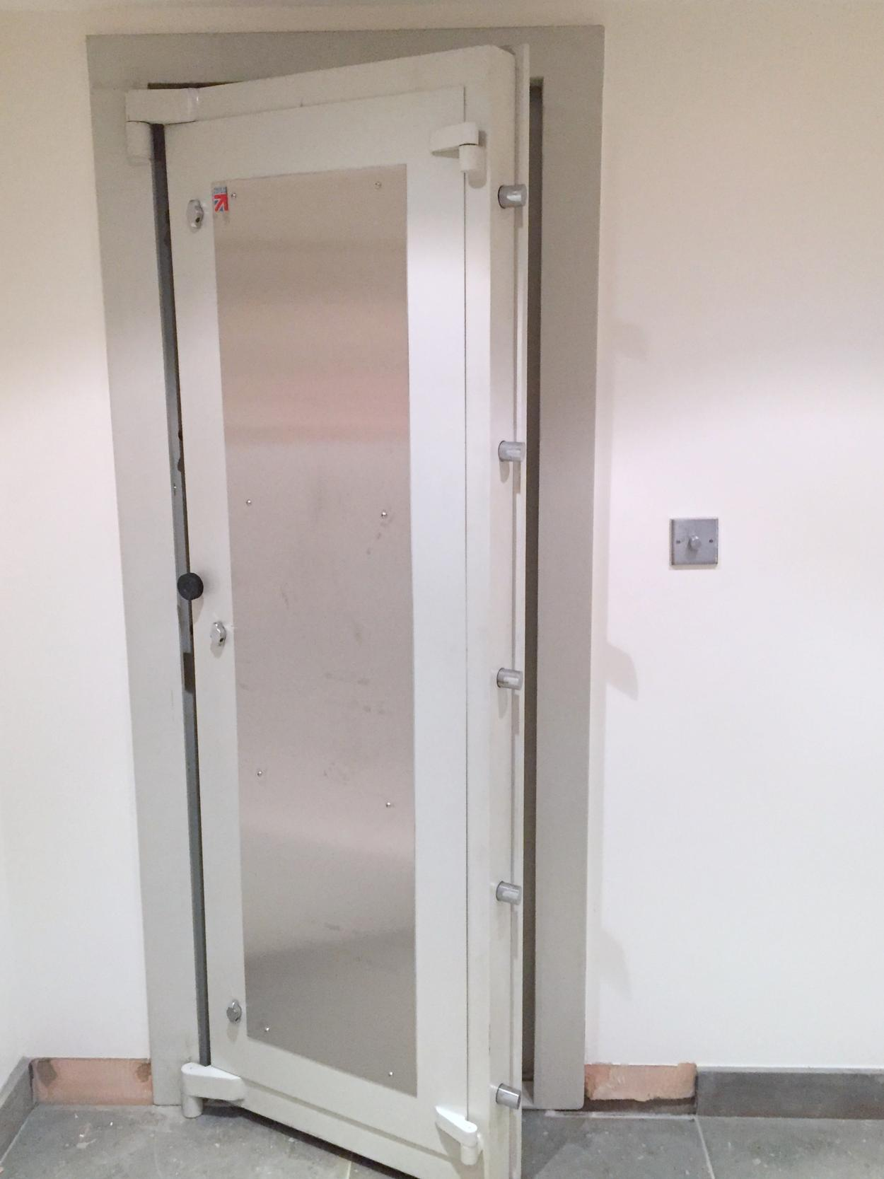 vault safe archives paladin tag hobbs door services